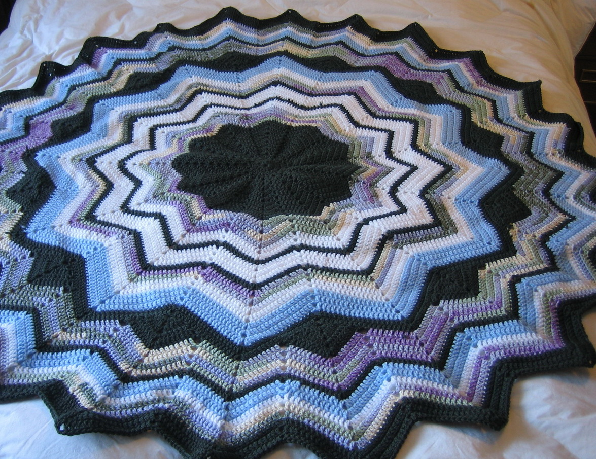 Crochet Pattern Round Ripple Afghan : Round Ripple Crochet Afghan Pattern