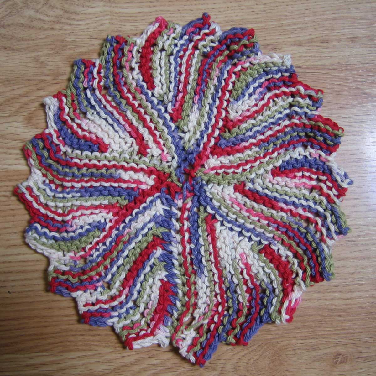 Knitting Circle Near Me : Janelwashere knit round dishcloth